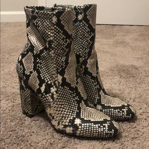 High heel Aldo snakeskin boots